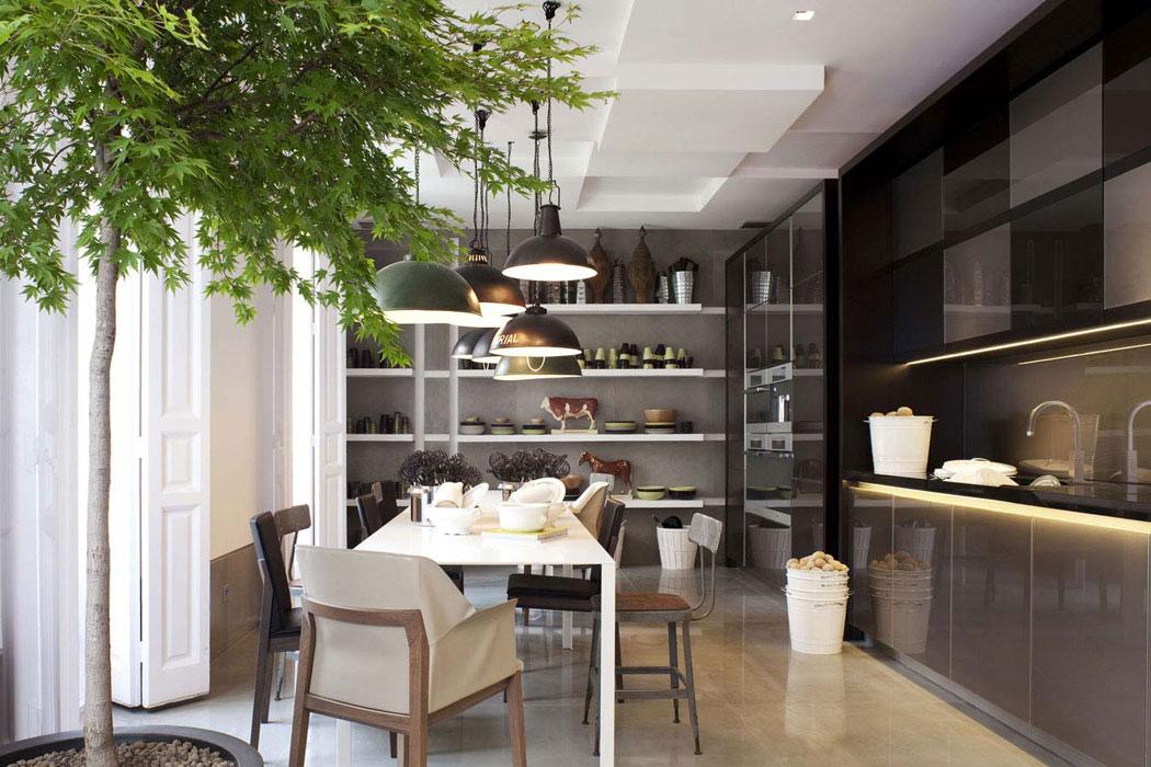El mobiliario contract de francisco segarra en nuevo estilo - Lamparas de techo estilo industrial ...