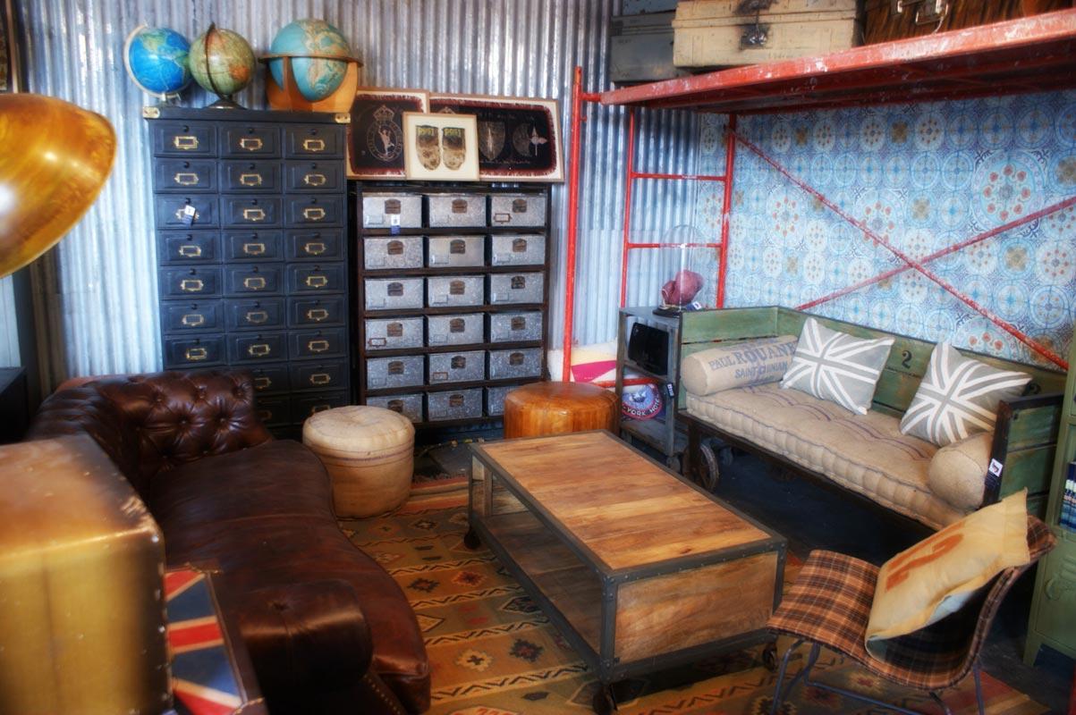 Decoracion vintage de la firma fs muebles en intergift 2012 for Decoracion muebles vintage
