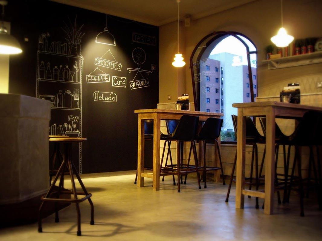 Decoracion Retro Para Bares ~ decoraci?n ecoindustrial en el caf? bar Charlotte de C?ceres