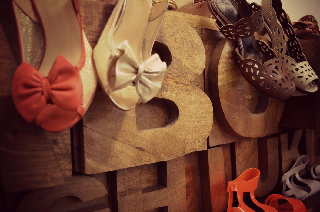 Fotos del mueble Alphabet en Design market madrid 2012