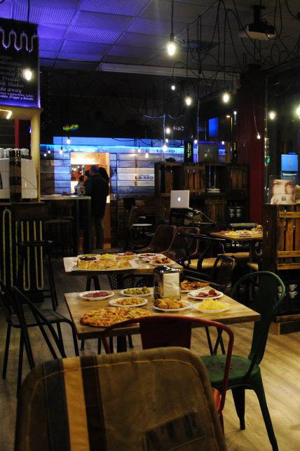 Il duomo un espacio para la diversi n y el relax for Proyecto de restaurante pdf