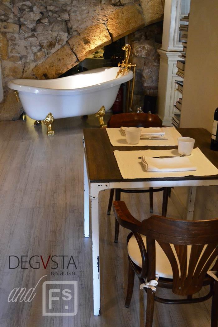 Imágenes del decorado del restaurante Degvusta