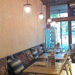Imágenes de la iluminaciónd e la panadería Vallespà