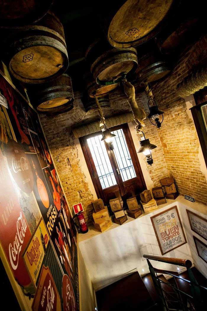 Imágenes de proyectos de decoración para cafeterías, restaurantes, tabernas