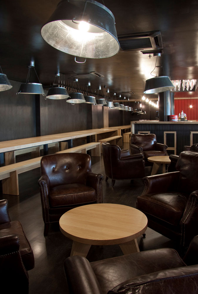 Nicky s food and drinks restaurant bar design awards 2013 for Sillones para bar
