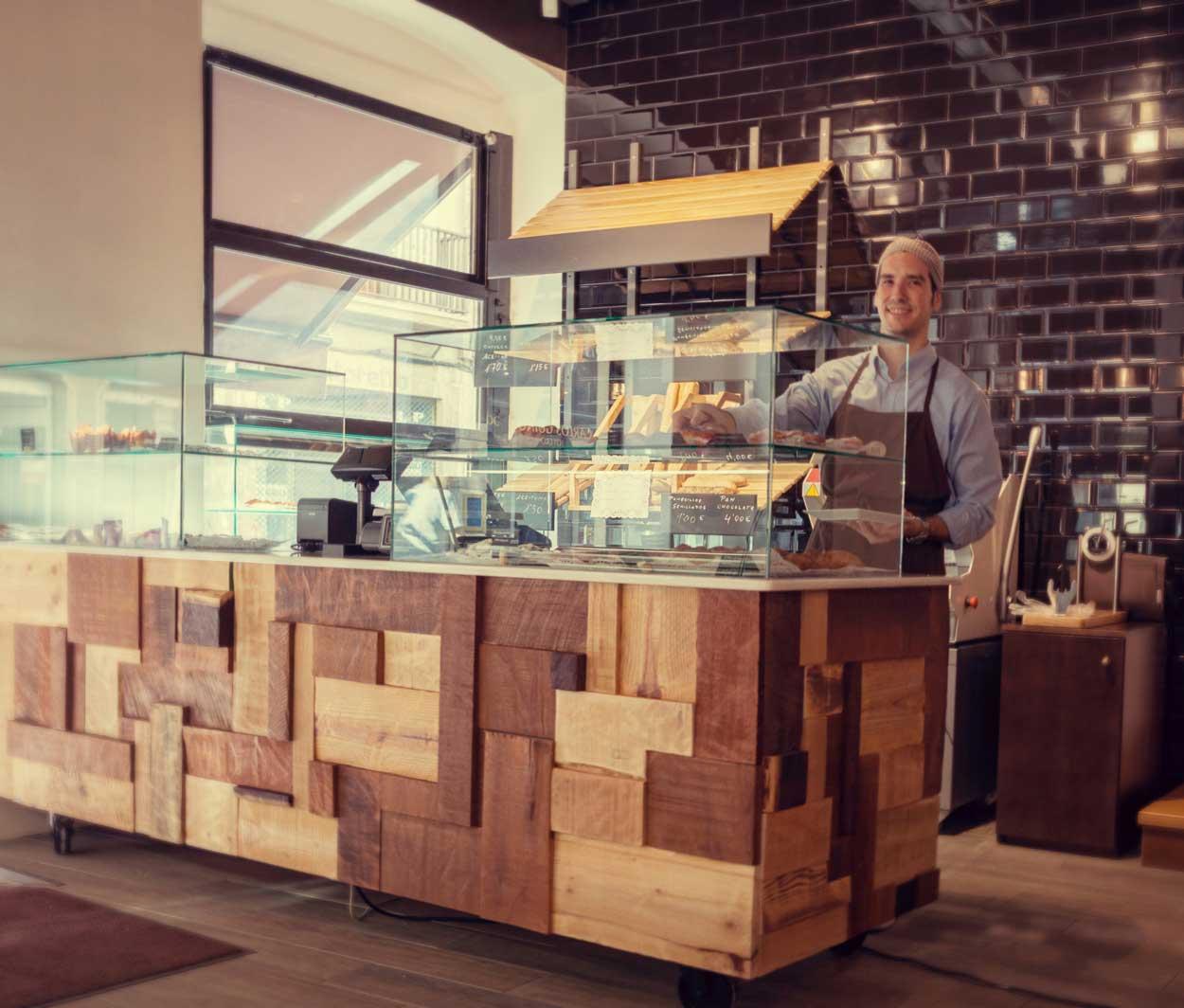 Imagen del mostrador de panadería Forn Le Petit Pain