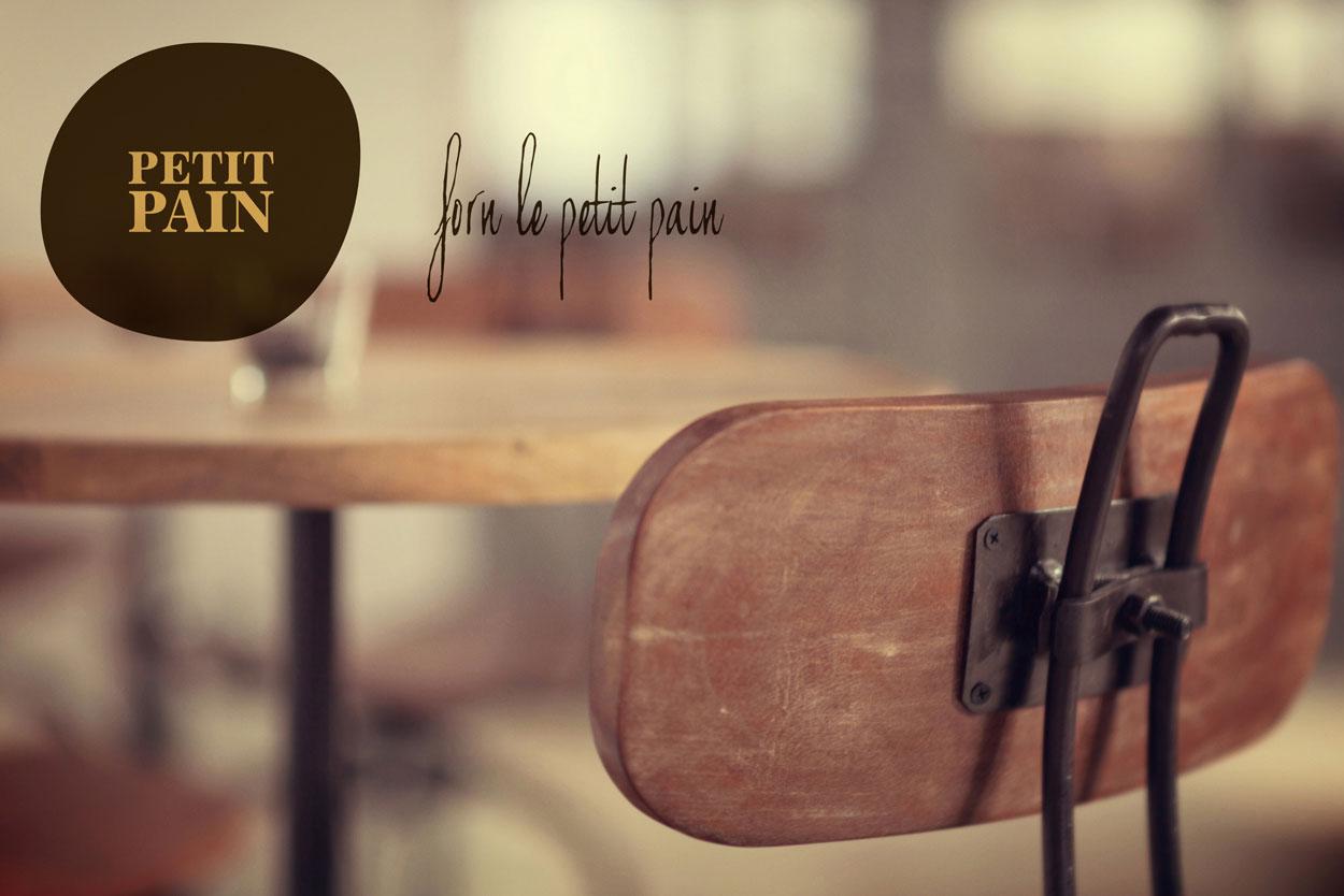 Imagen de los taburetes altos de panaderia Forn Le Petit Pain