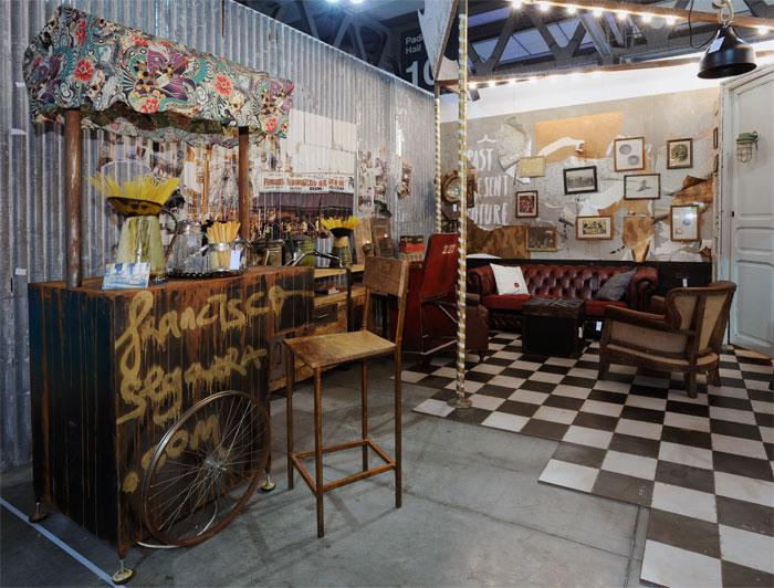 Imagen del Stand vintage de Francisco Segarra muebles en HOST 2013.