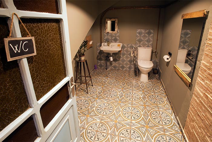 Foto del Diseño en los baños del restaurante Soul Kitchen