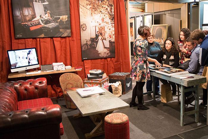 Fotos de los muebles de la línea de mobiliario para alquiler de Francisco Segarra.