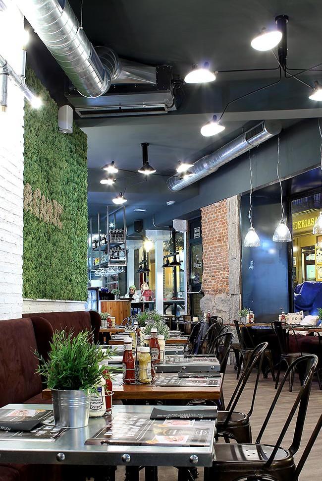 Imagen de la decoración hamburgueserías SteakBurger Bar.
