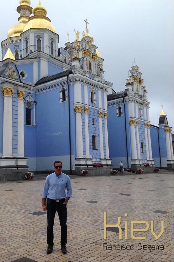 Francisco Segarra distribuidor mobiliario en Kiev