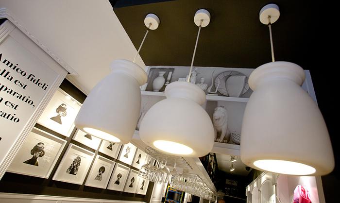 Imagen de las lámparas en el proyecto de decoración del Bar Amistad.