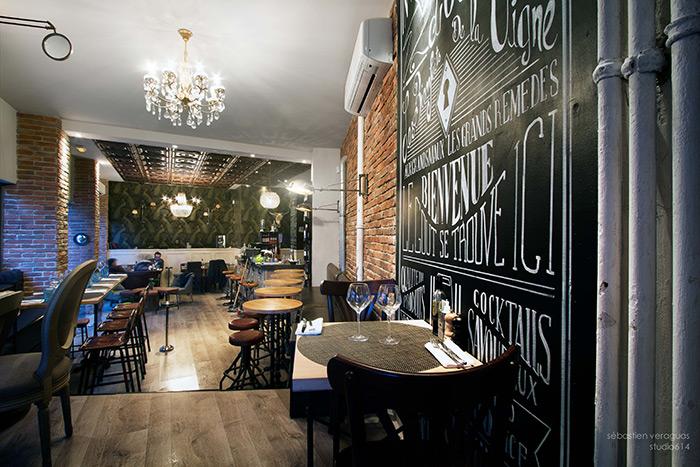 Fotos del diseño de interiores en el gastropub La Clef d'Or.