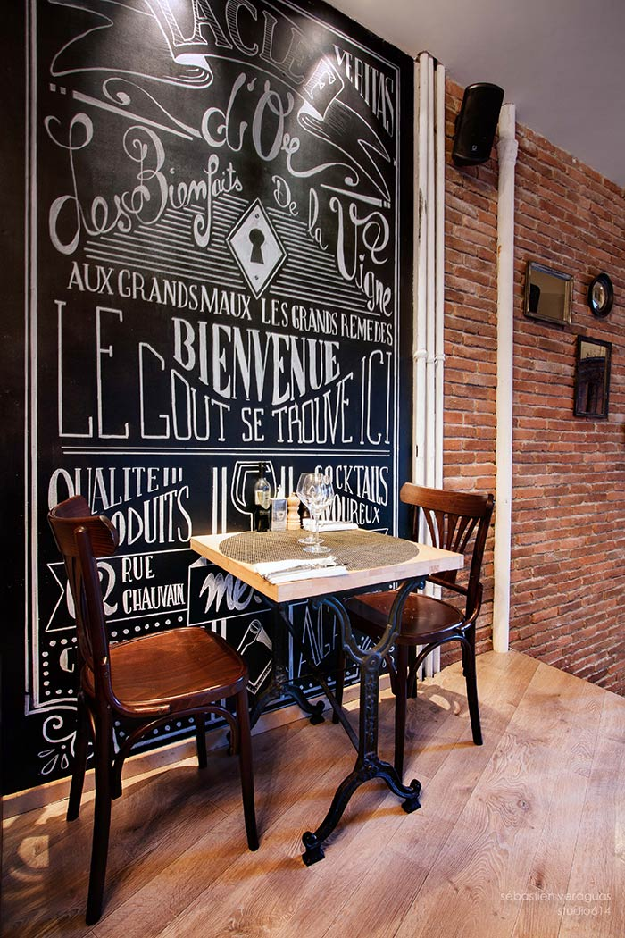 Decoraci n estilo industrial restaurante la clef d 39 or niza for Mobiliario de restaurante