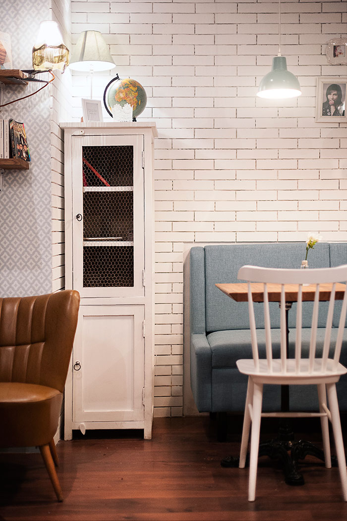 Proyecto interiorismo retro en emilie 39 s cookies coffee shop - Muebles online vintage ...
