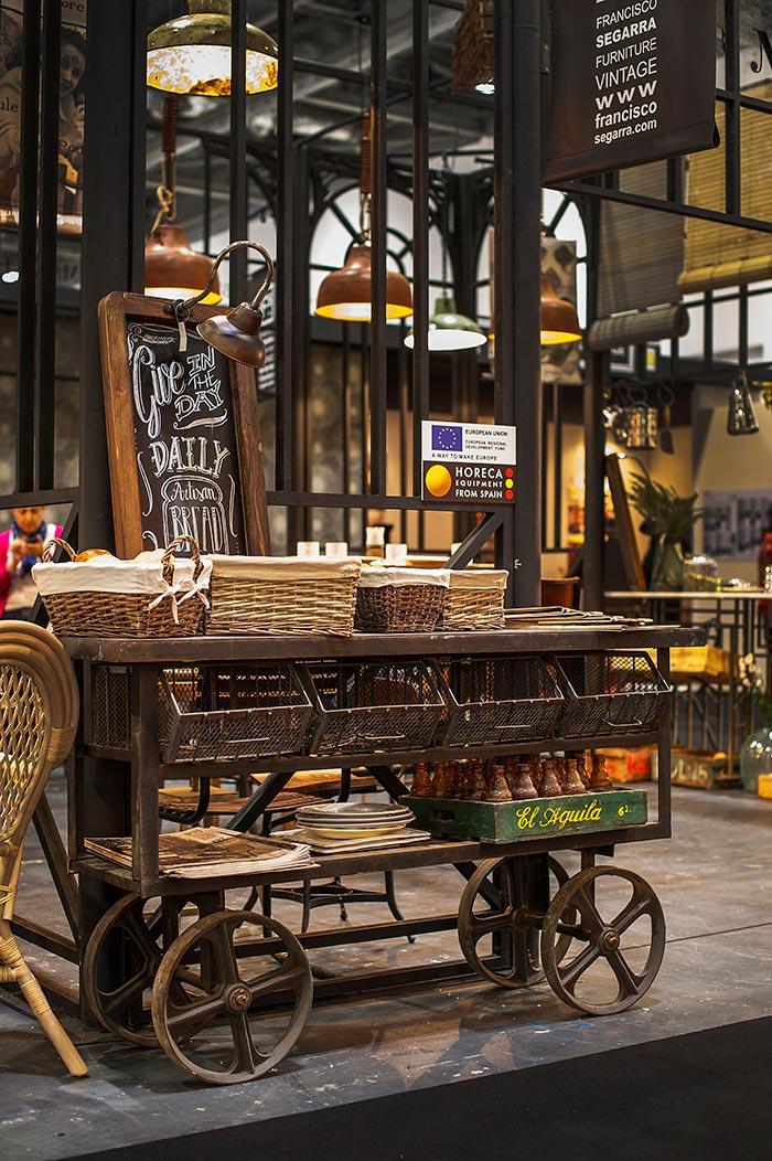 Noticias sobre los stands y la decoraci n ef mera vintage - Muebles online vintage ...