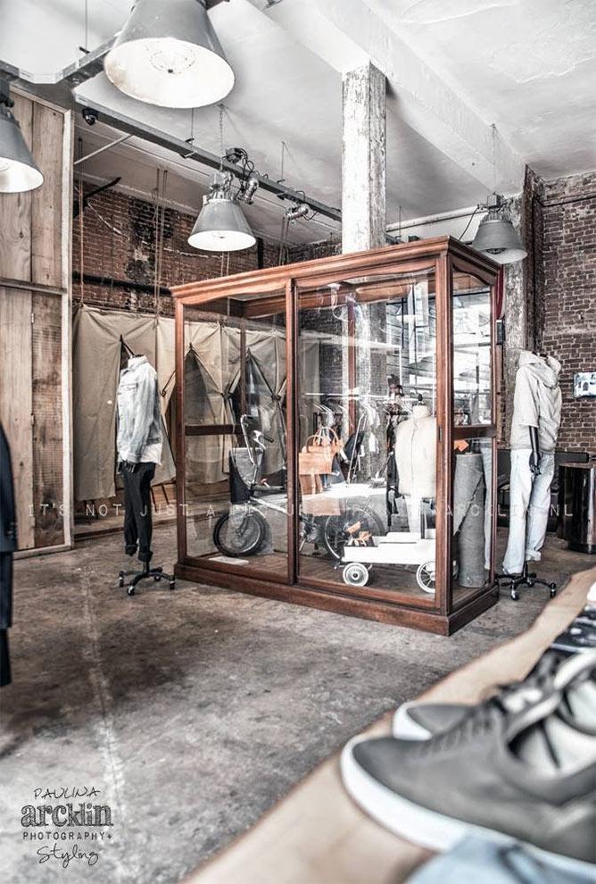 Fotos. Mobiliario vintage para tiendas de ropa.