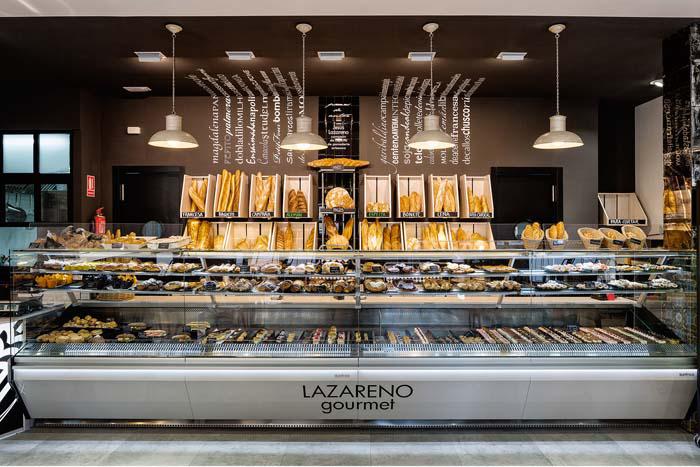 Fotos. Mostradores panaderías pastelerías Lazareno Gourmet.
