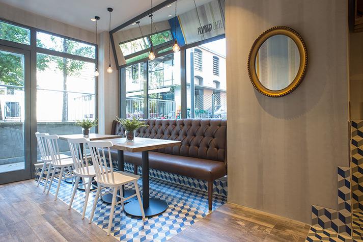 Fotos. Reforma del local comercial Cafetería Prandium