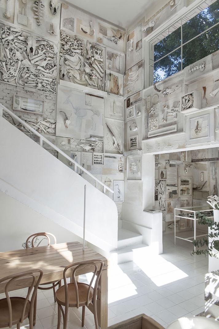 Imagen del diseño de interiores en Hueso, restaurant.
