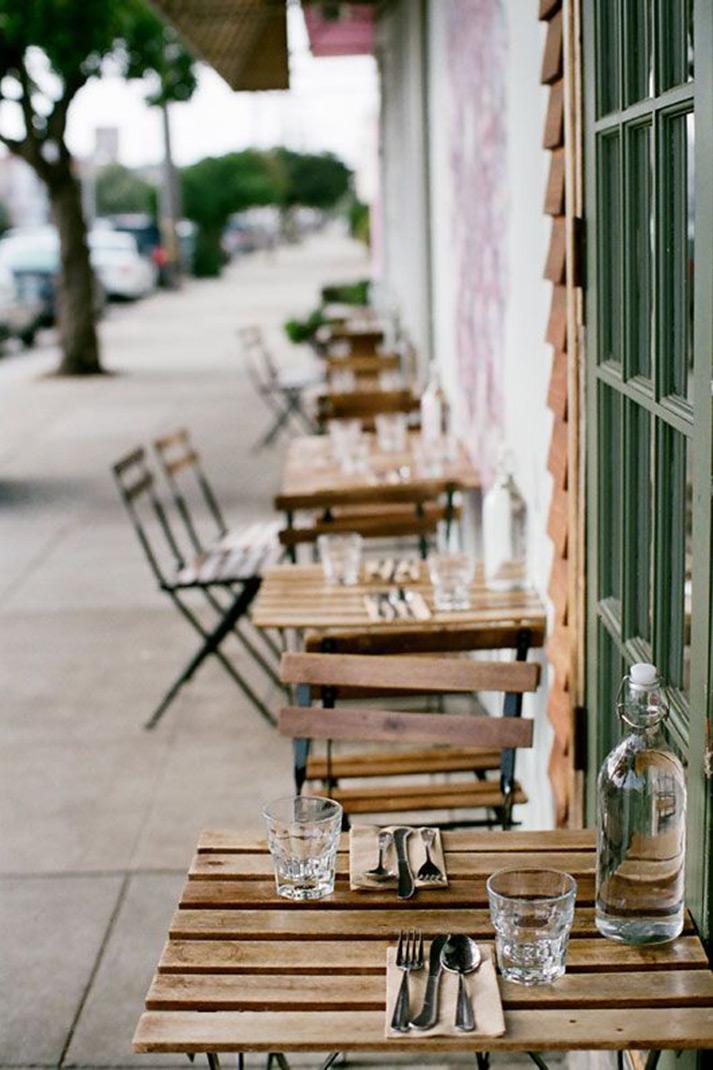 Muebles para terrazas exteriores en hostelería.