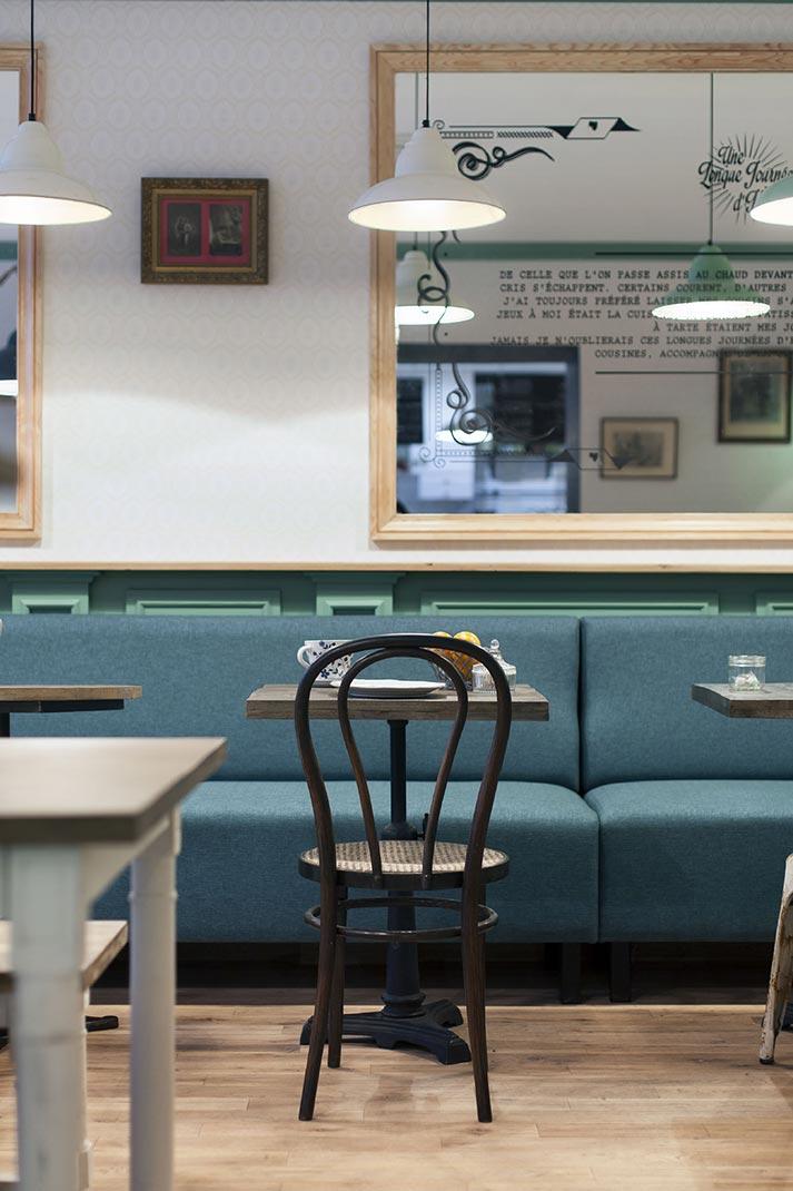 Mesas, sillas y muebles para hostelería.