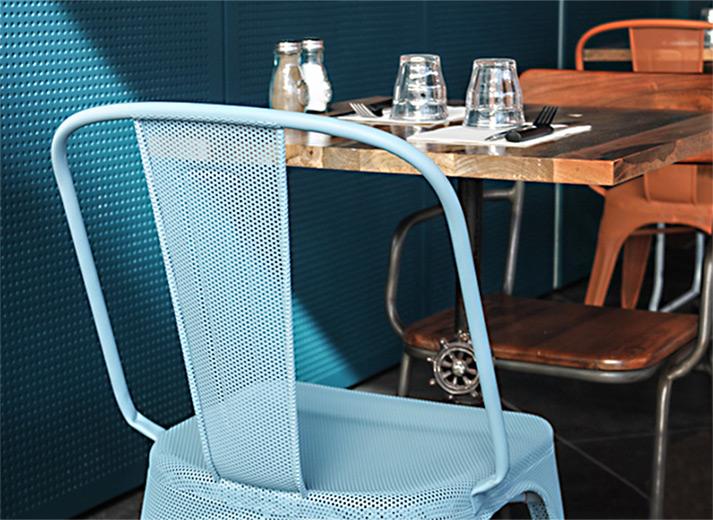 Fotos. Mobiliario hostelería. Sillas diseño francés.