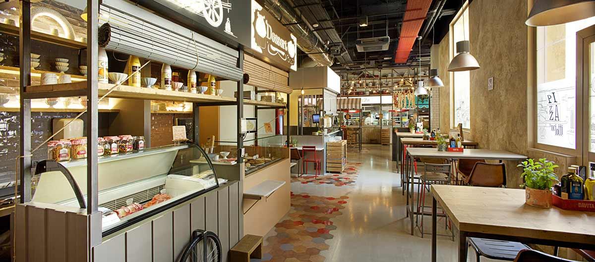 Interior de DAVITA Italian Gastro Market.