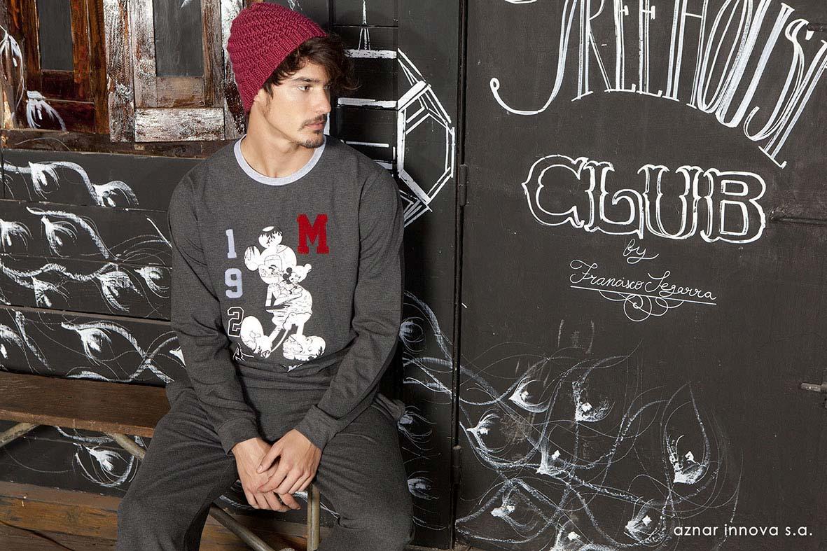 Francisco Segarra colabora en el catálogo de moda de Aznar Innova.