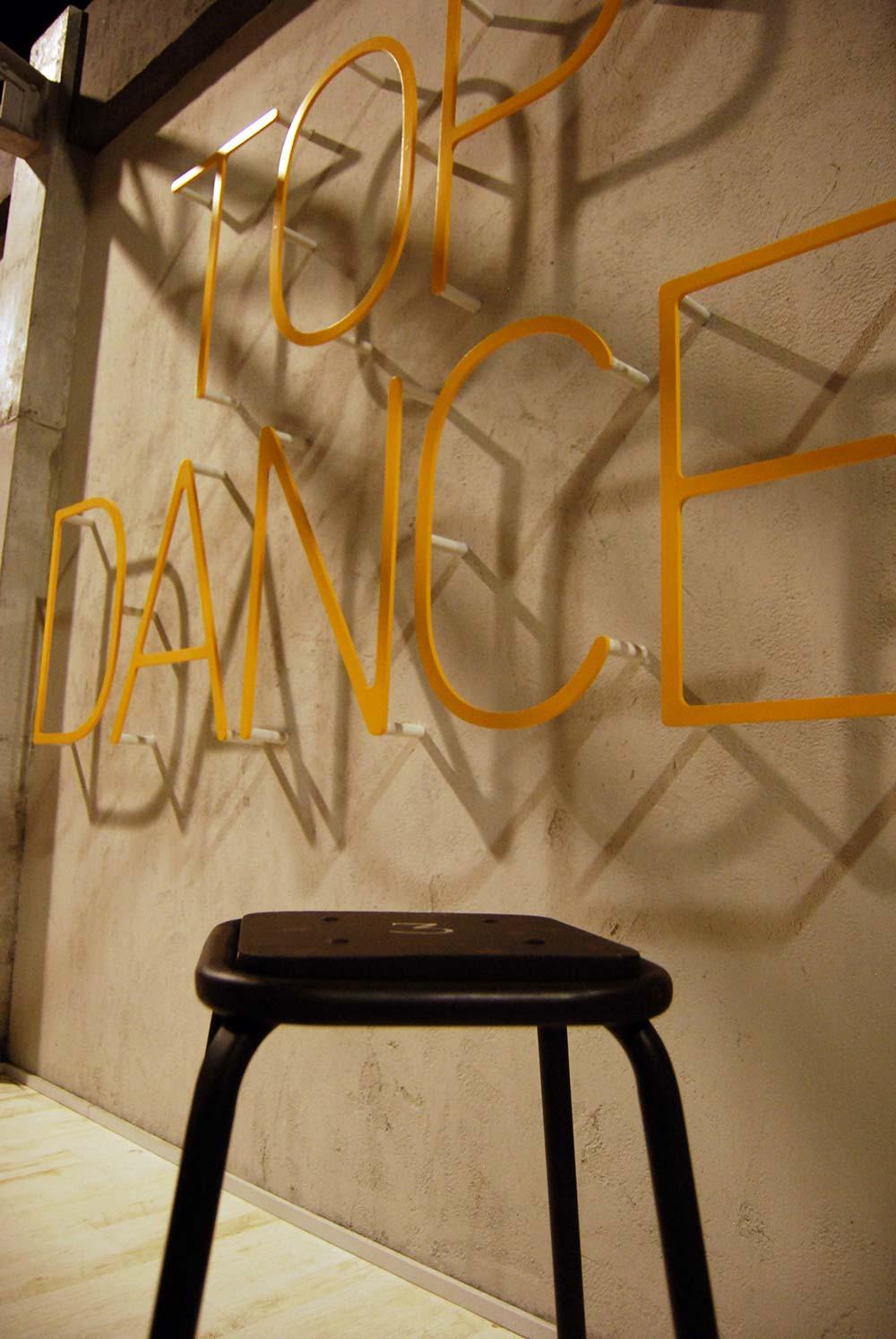 Francisco Segarra colabora con el programa TOP DANCE.