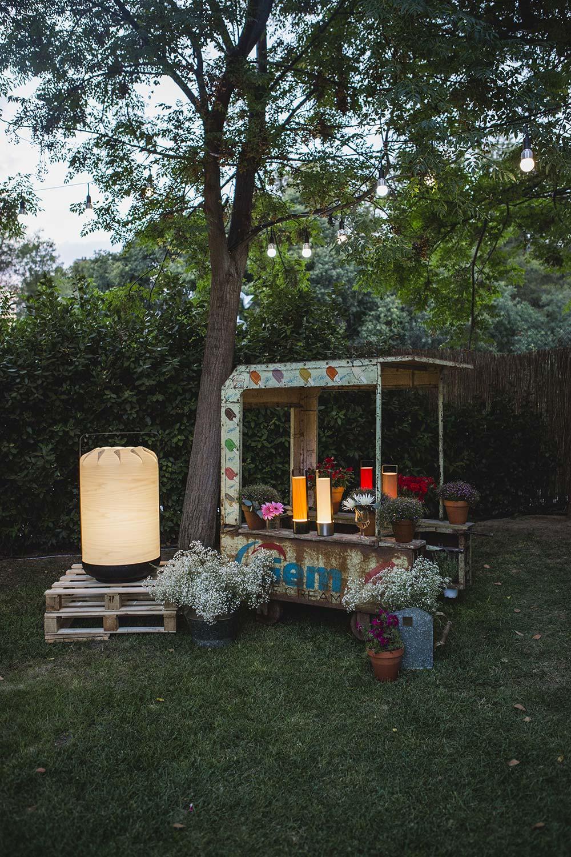 Francisco Segarra colabora con la firma Luzifer en la presentación de sus nuevos diseños.