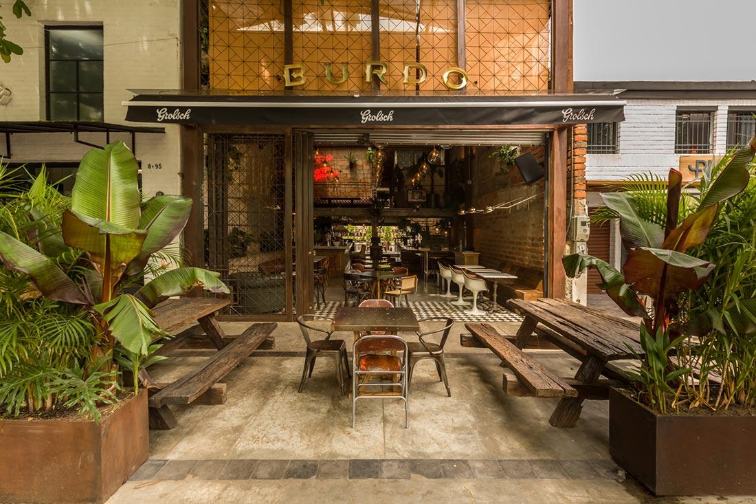 Burdo. Proyecto equipamiento restaurante. Colombia.