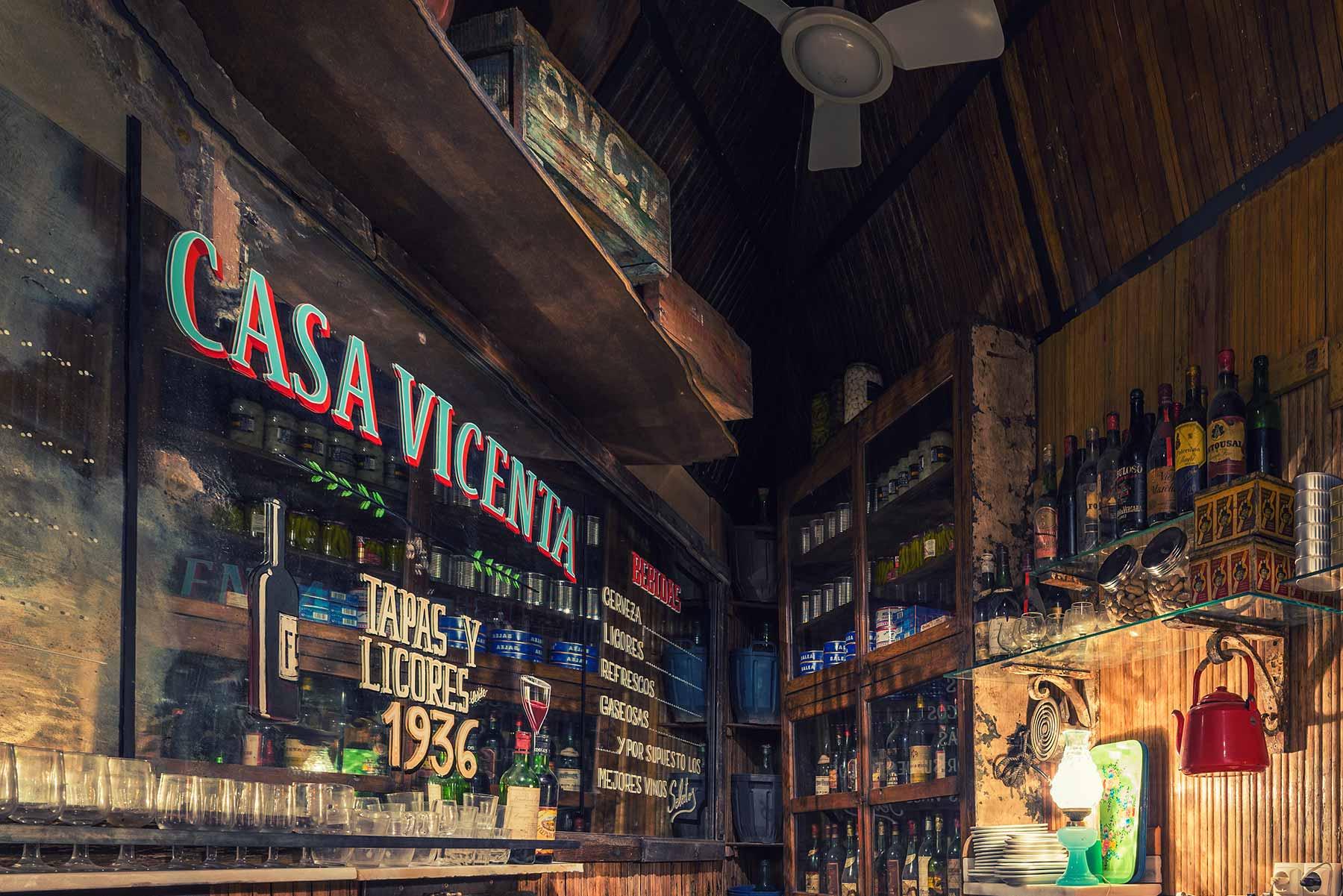 Casa vicenta decoraci n dise o y proyecto innovador para - Diseno de bares ...