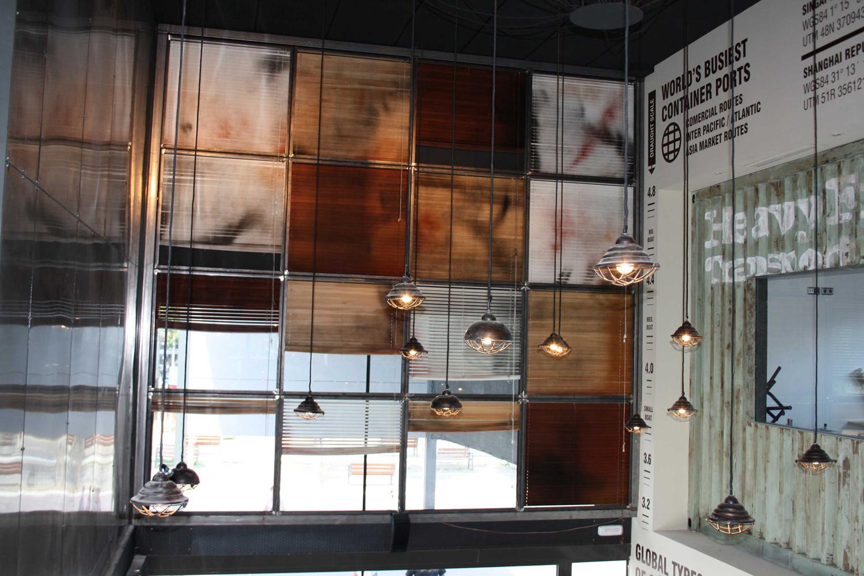 Restaurante Los Soprano con mobiliario de la firma Francisco Segarra.