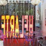 proyecto de interiorismo para helederia con muebles de Francisco Segarra sillas