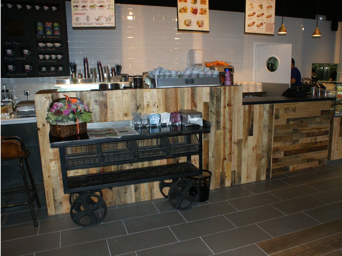 Fs mobiliario contract proyectos de interiorismo cafeter as for Mobiliario para cafes