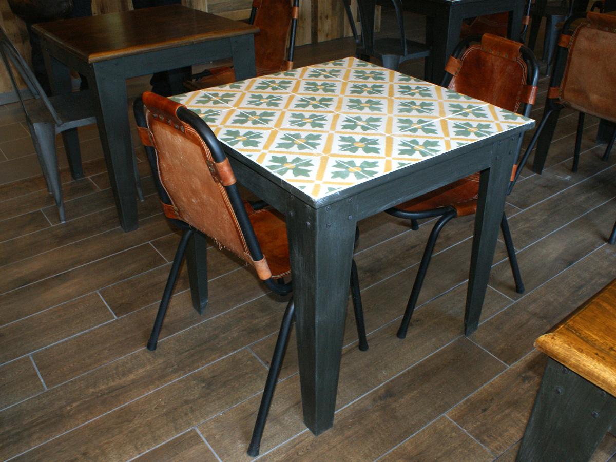 Mesas Otto de la firma de mobiliario contract e iluminación FS Francisco Segarra