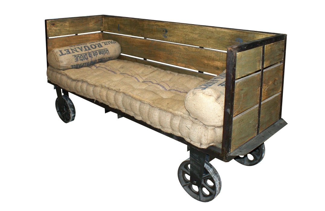 sofá-de-madera-francisco-segarra