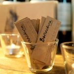 Foto de la identidad corportaiva del restaurante vionoteca Bernardina