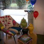 Muebles vanguardistas en el showroom de la firma Thandecor de estambul