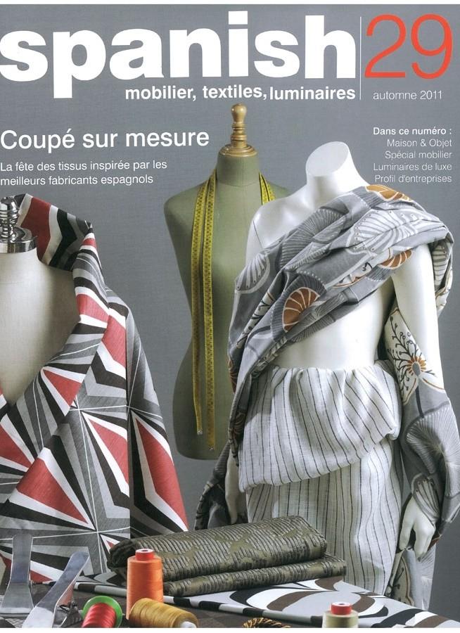Muebles FS en la revista Spanish para la promoción de la moda española
