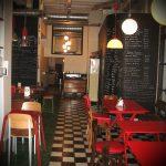 Interior del restaurante La Bulla con mobiliario FS