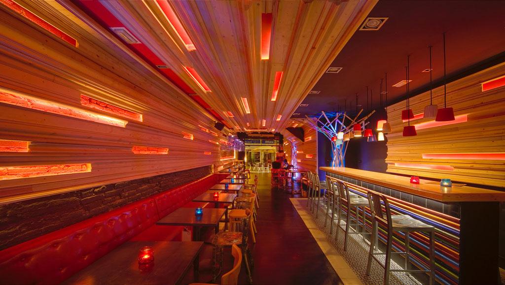 Fuuud interiorismo y decoraci n para restaurantes modernos for Decoracion bares modernos