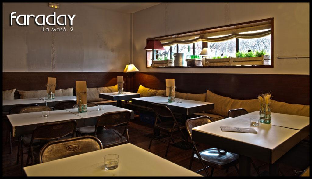 Muebles vintage FS en la decoración del restaurante Faraday