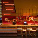 Restaurante Fuud decorado con muebles vintage de Francisco Segarra
