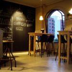 Fotos del interiorismo y decoración café bar Charlotte Cáceres