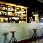 Mobiliario FS en el interiorismo y decoración de la cafetería Charlotte