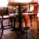 Foto de las sillas Blinck y Budi en Serrajòrdia Taller de Pa