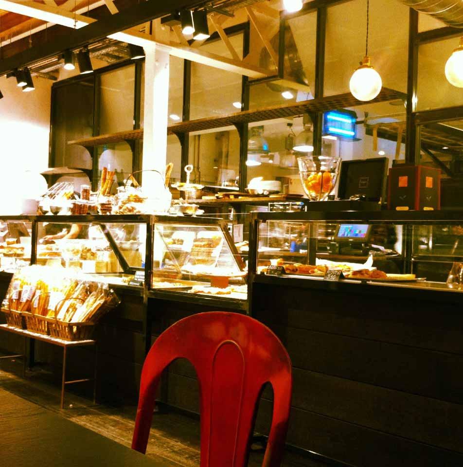 proyecto interiorismo y decoración de panaderias pastelerias